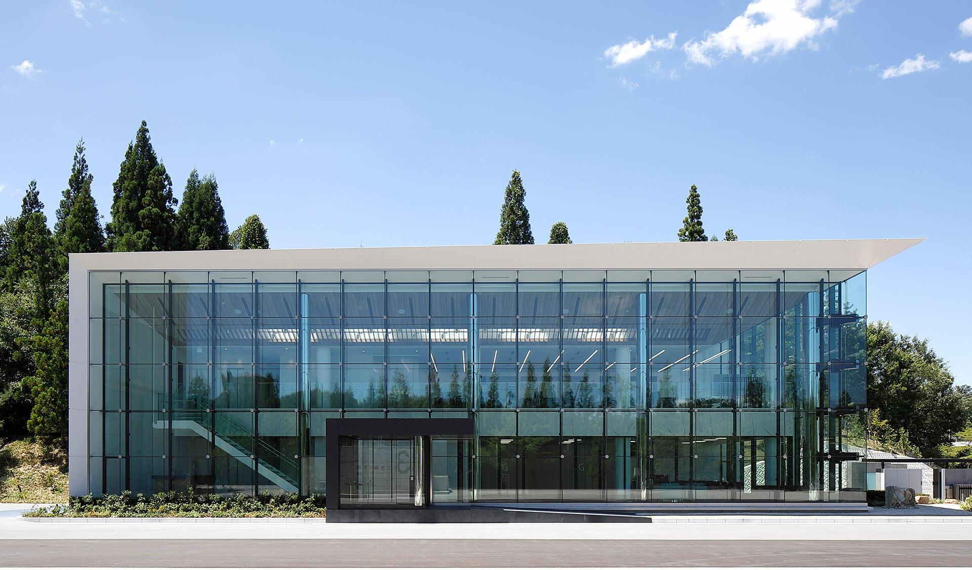 矢作建設工業株式会社<br />エンジニアリングセンター研究棟の写真
